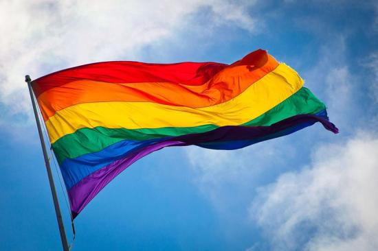 1280px-Rainbow_flag_breeze-Copy